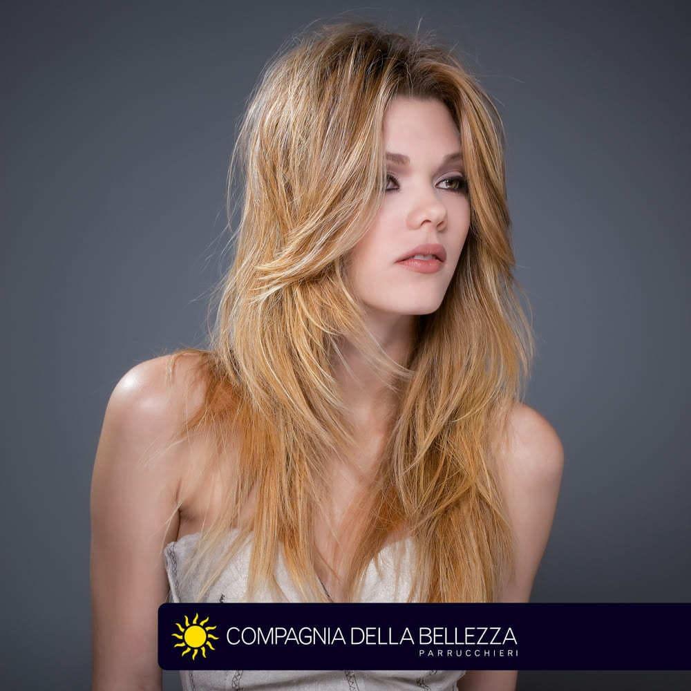 Molto Tagli capelli lisci: corti, medi e lunghi - Compagnia Della Bellezza RE61