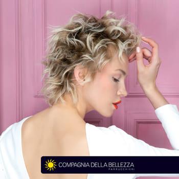 Tagli capelli ricci  ispirazioni per scegliere in base alla lunghezza 836f0e7b60f6